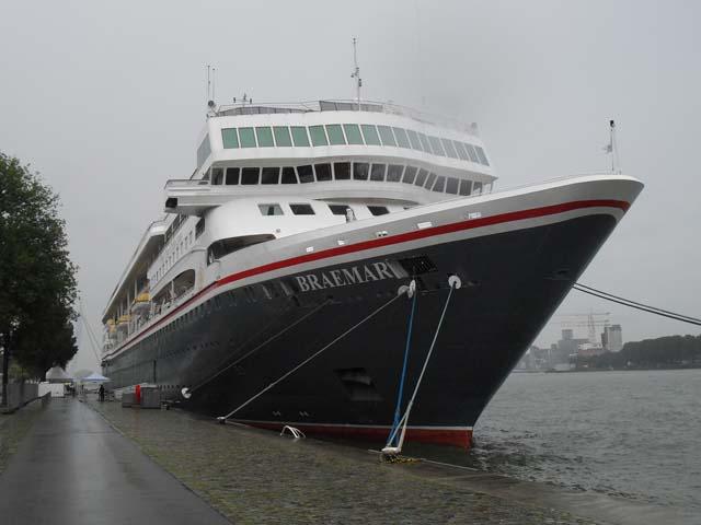 Cruiseschip ms braemar van fred olsen aan de cruise for Fred rotterdam
